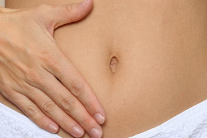 Jeg skal i gang med fryseforsøk, men min lege har sagt jeg har tynn livmorsslimhinne. Kan akupunktur hjelpe meg?