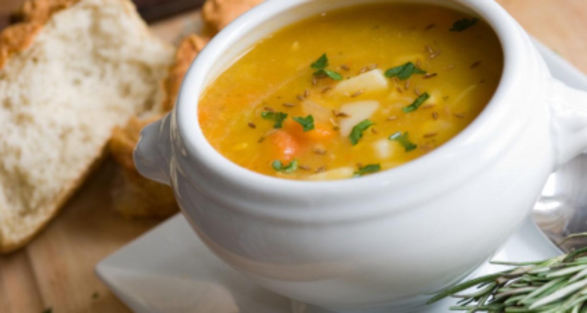 Kremet pastinakk- gullerot suppe